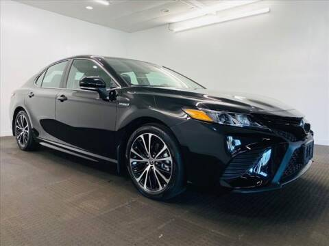 2020 Toyota Camry Hybrid for sale at Champagne Motor Car Company in Willimantic CT