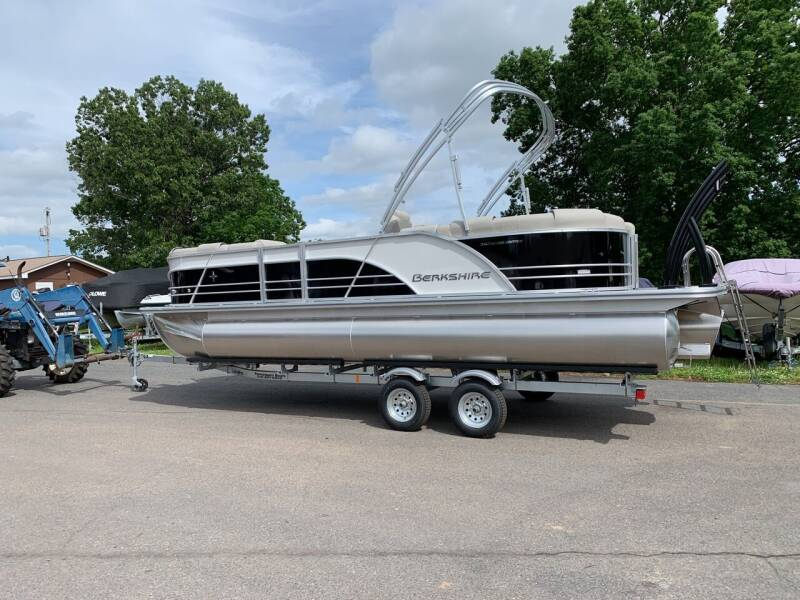 2020 Berkshire 23 RFX STS 3.0 for sale at Performance Boats in Spotsylvania VA