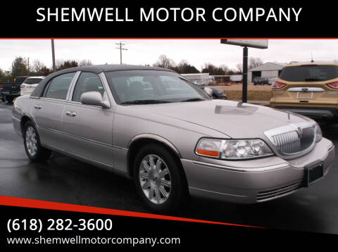 2005 Lincoln Town Car for sale at SHEMWELL MOTOR COMPANY in Red Bud IL