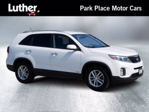 2014 Kia Sorento for sale at Park Place Motor Cars in Rochester MN