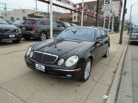 2006 Mercedes-Benz E-Class for sale at CAR CENTER INC in Chicago IL