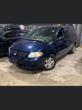 2002 Dodge Grand Caravan for sale at Square Business Automotive in Milwaukee WI