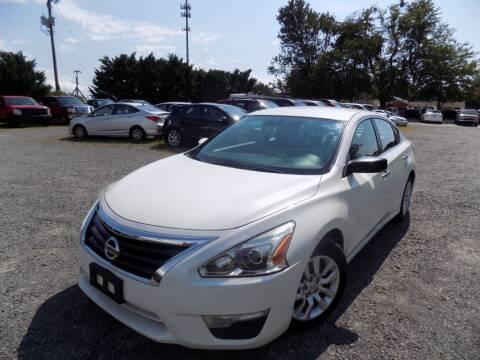 2014 Nissan Altima for sale at PERUVIAN MOTORS SALES in Warrenton VA