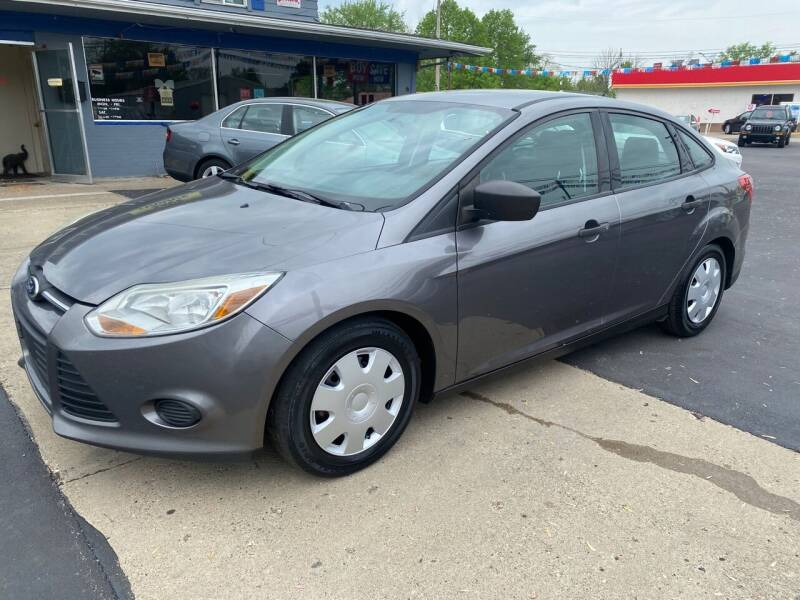 2014 Ford Focus for sale at Wise Investments Auto Sales in Sellersburg IN