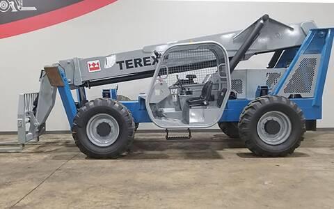 2005 Terex TH1056C