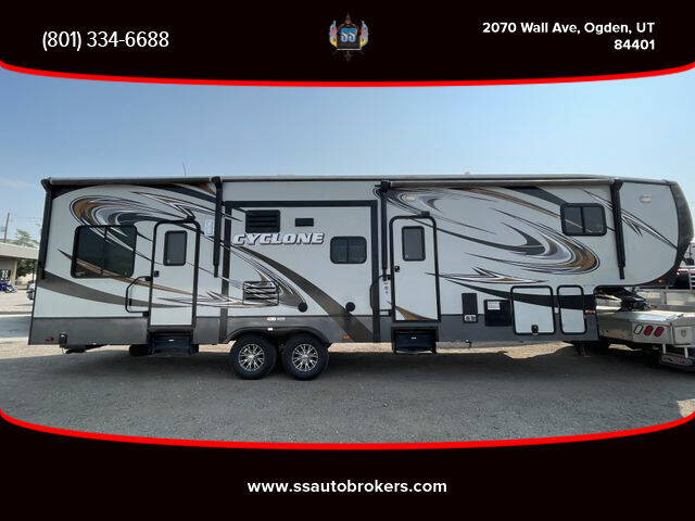 2013 Heartland CYCLONE for sale at S S Auto Brokers in Ogden UT