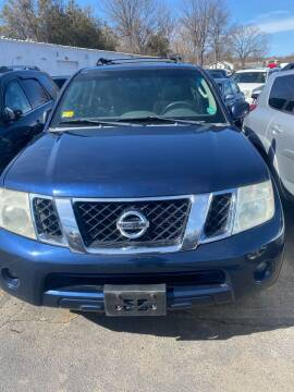 2011 Nissan Pathfinder for sale at Whiting Motors in Plainville CT