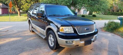 2005 Ford Expedition for sale at CARWIN MOTORS in Katy TX