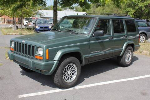 1999 Jeep Cherokee for sale at Auto Bahn Motors in Winchester VA