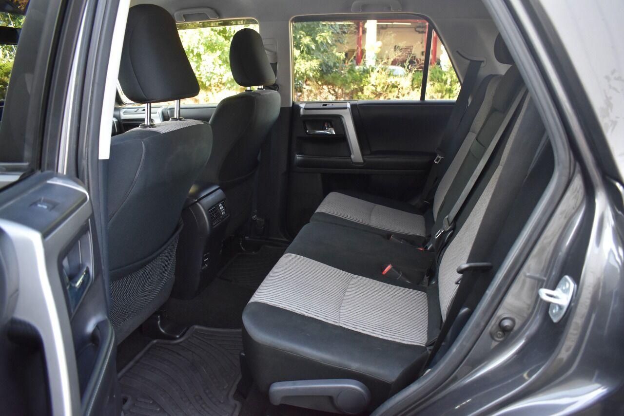 2014 Toyota 4Runner SR5 4×4 4dr SUV full