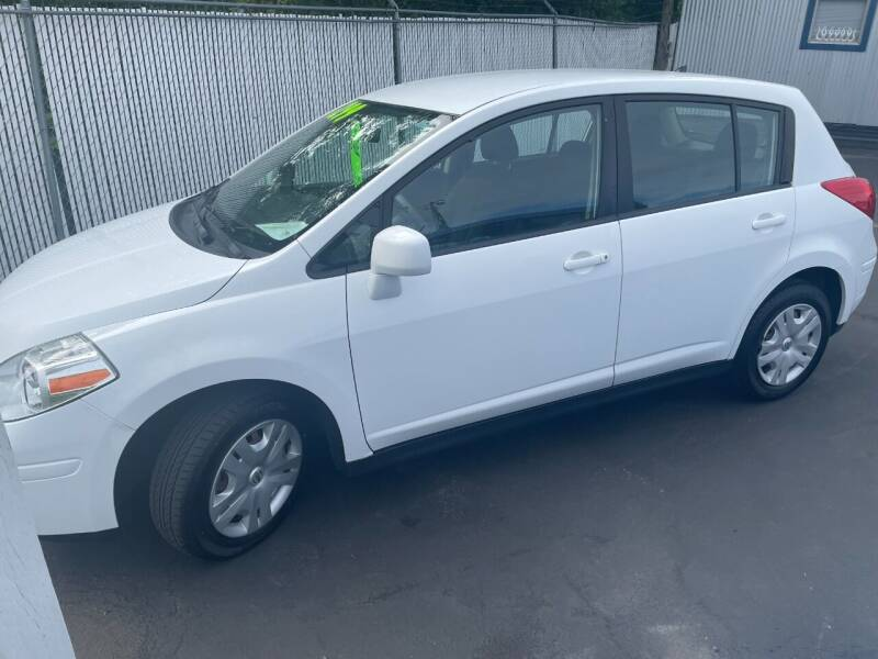 2011 Nissan Versa for sale at 3 BOYS CLASSIC TOWING and Auto Sales in Grants Pass OR