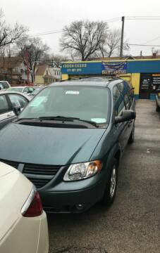 2005 Dodge Grand Caravan for sale at HW Used Car Sales LTD in Chicago IL