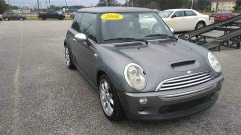 2006 MINI Cooper for sale at Kelly & Kelly Supermarket of Cars in Fayetteville NC