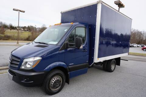 2014 Mercedes-Benz Sprinter Cab Chassis for sale at Modern Motors - Thomasville INC in Thomasville NC