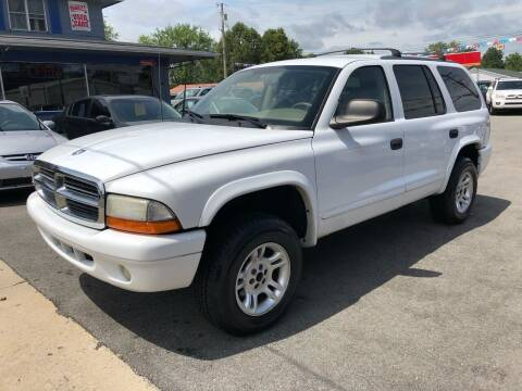 2003 Dodge Durango for sale at Wise Investments Auto Sales in Sellersburg IN