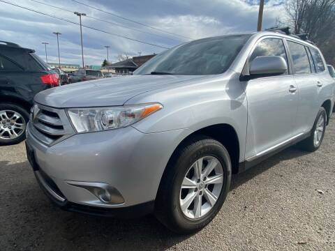 2011 Toyota Highlander for sale at Martinez Cars, Inc. in Lakewood CO