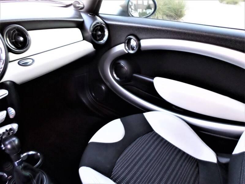 2010 MINI Cooper S 2dr Hatchback - Mckinney TX