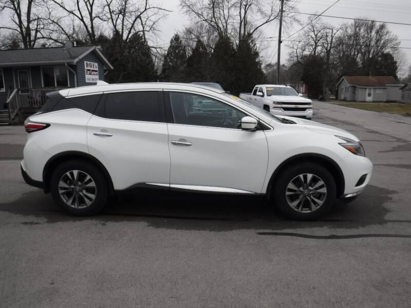 2018 Nissan Murano for sale at Dave's Car Corner in Hartford City IN