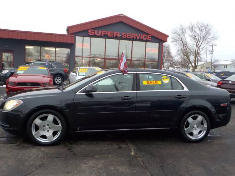2009 Chevrolet Malibu for sale at Super Service Used Cars in Milwaukee WI