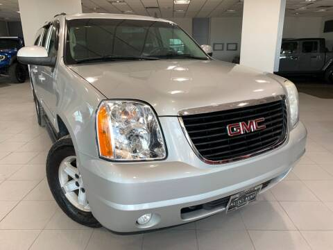 2010 GMC Yukon XL for sale at Auto Mall of Springfield in Springfield IL