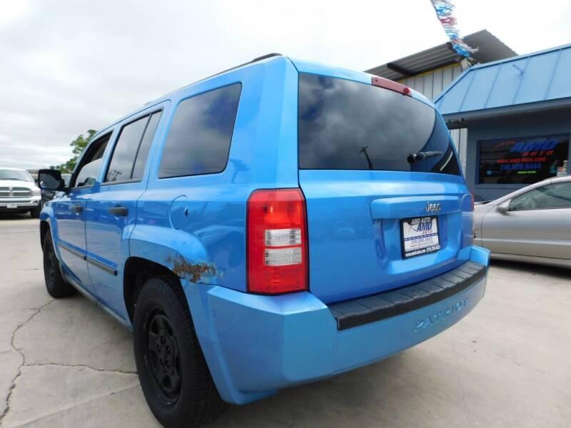 2008 Jeep Patriot Sport 4dr SUV w/CJ1 Side Airbag Package - San Antonio TX