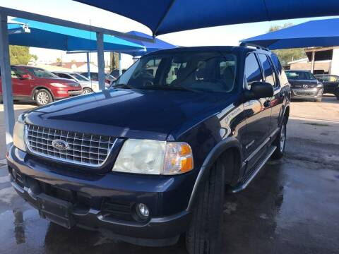 2004 Ford Explorer for sale at Autos Montes in Socorro TX