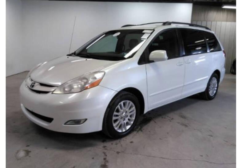 2009 Toyota Sienna for sale at Kansas Car Finder in Valley Falls KS