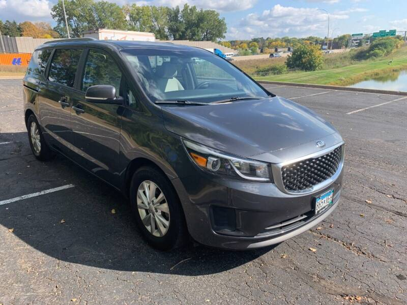 2016 Kia Sedona for sale at SYNERGY MOTOR CAR CO in Maplewood MN