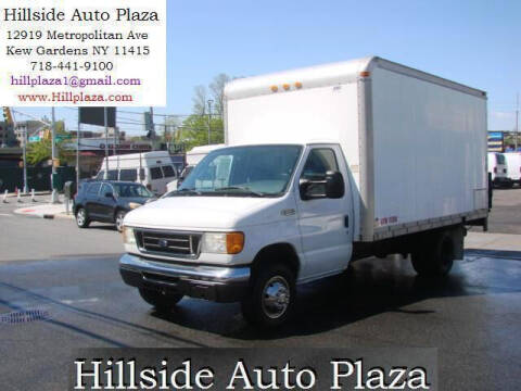 2005 Ford E-Series Chassis for sale at Hillside Auto Plaza in Kew Gardens NY