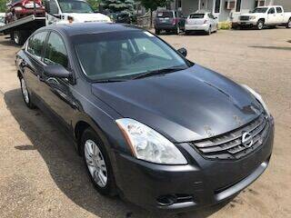 2011 Nissan Altima for sale at WELLER BUDGET LOT in Grand Rapids MI