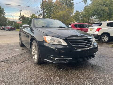 2013 Chrysler 200 Convertible for sale at King Louis Auto Sales in Louisville KY
