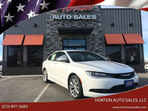 2015 Chrysler 200 for sale at HORTON AUTO SALES, LLC in Linn MO