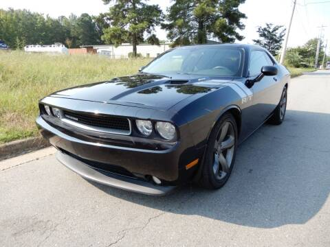 2013 Dodge Challenger for sale at United Traders Inc. in North Little Rock AR