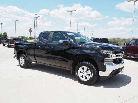 2020 Chevrolet Silverado 1500 for sale at SIMOTES MOTORS in Minooka IL