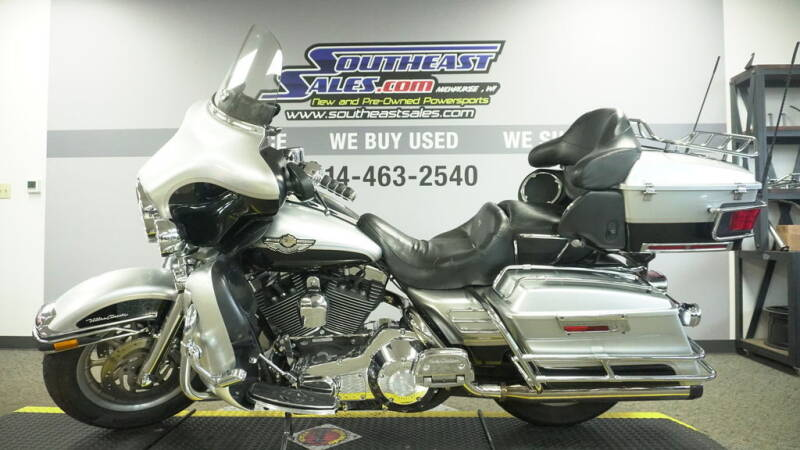 2003 Harley-Davidson® FLHTCUI - Electra Glide®  for sale at Southeast Sales Powersports in Milwaukee WI