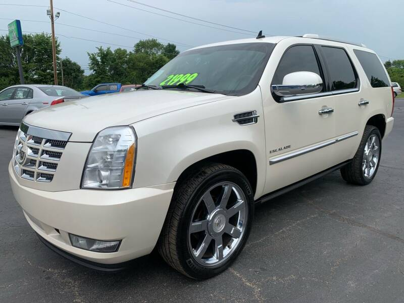 2011 Cadillac Escalade for sale at FREDDY'S BIG LOT in Delaware OH
