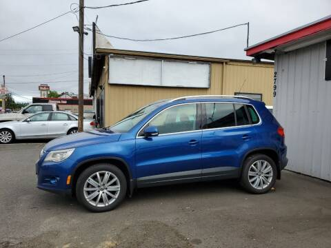 2010 Volkswagen Tiguan for sale at Ron's Auto Sales in Hillsboro OR