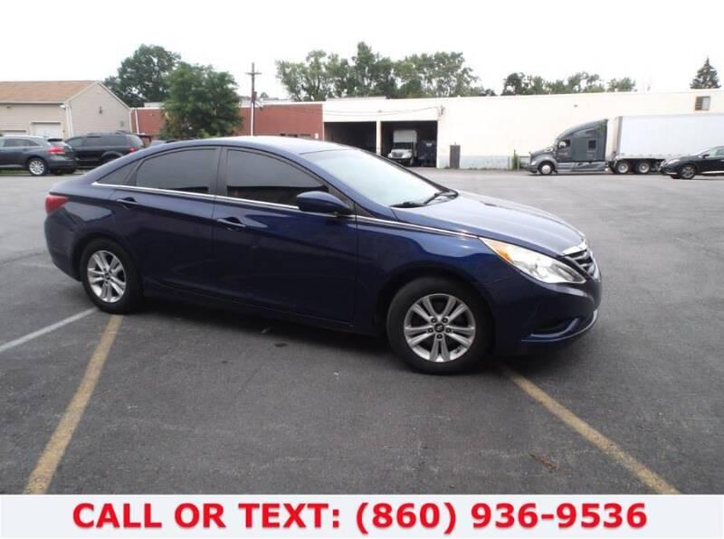 2012 Hyundai Sonata for sale at Lee Motor Sales Inc. in Hartford CT