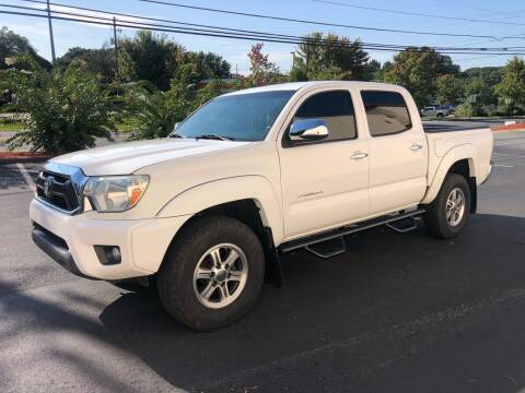 2014 Toyota Tacoma for sale at GTO United Auto Sales LLC in Lawrenceville GA