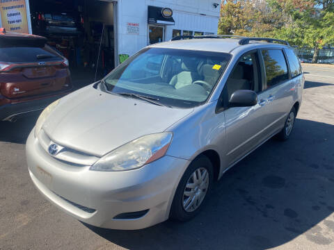 2007 Toyota Sienna for sale at Vuolo Auto Sales in North Haven CT