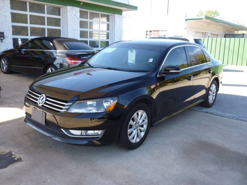 2015 Volkswagen Passat for sale at Auto Outlet Inc. in Houston TX