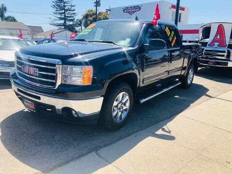 2013 GMC Sierra 1500 for sale at Auto Max of Ventura in Ventura CA