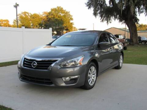 2015 Nissan Altima for sale at D & R Auto Brokers in Ridgeland SC