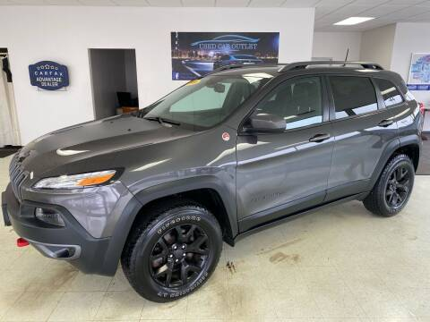 2016 Jeep Cherokee for sale at Used Car Outlet in Bloomington IL
