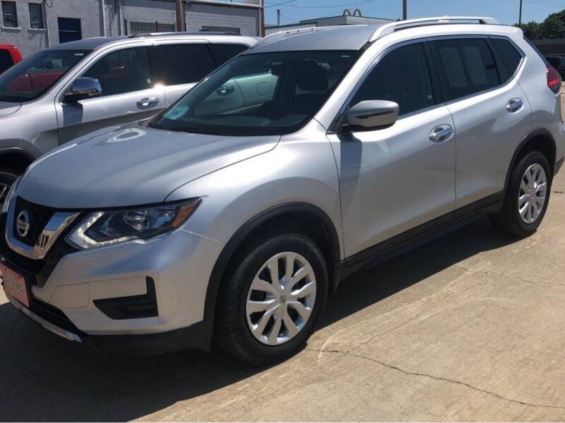 2017 Nissan Rogue for sale at Willrodt Ford Inc. in Chamberlain SD