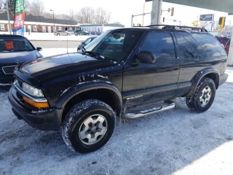 2001 Chevrolet Blazer for sale at Springfield Select Autos in Springfield IL