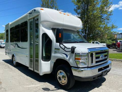 2019 Ford E-Series Chassis for sale at HERSHEY'S AUTO INC. in Monroe NY