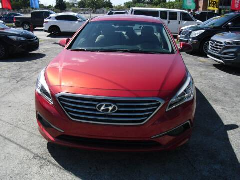 2017 Hyundai Sonata for sale at SUPERAUTO AUTO SALES INC in Hialeah FL