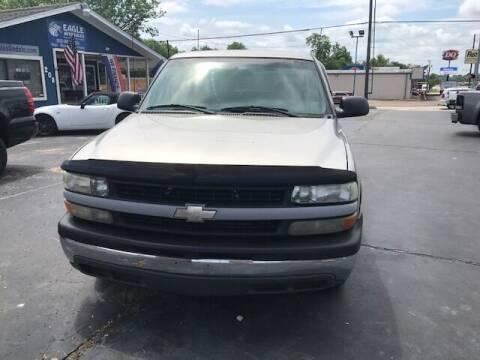 2002 Chevrolet Silverado 1500 for sale at EAGLE AUTO SALES in Lindale TX