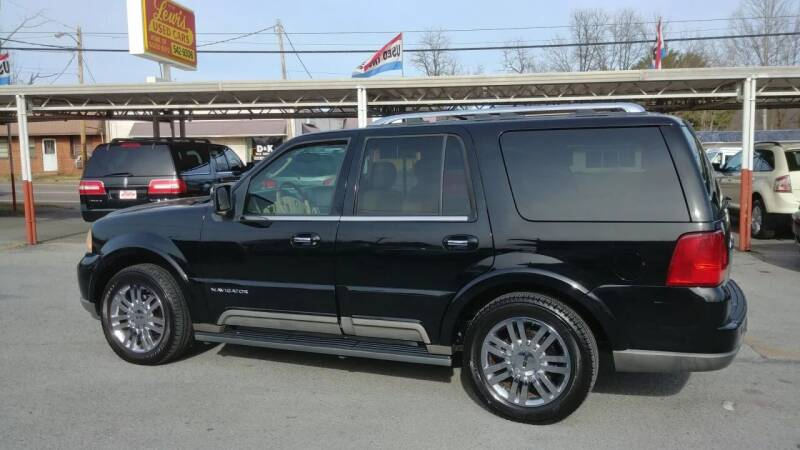 2004 Lincoln Navigator for sale at Lewis Used Cars in Elizabethton TN